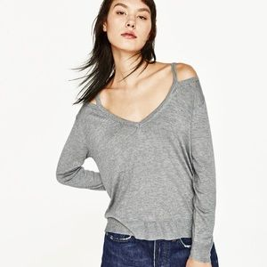 Zara gray sweater with shoulder cutouts S